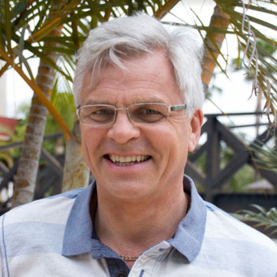 Gary Holmes