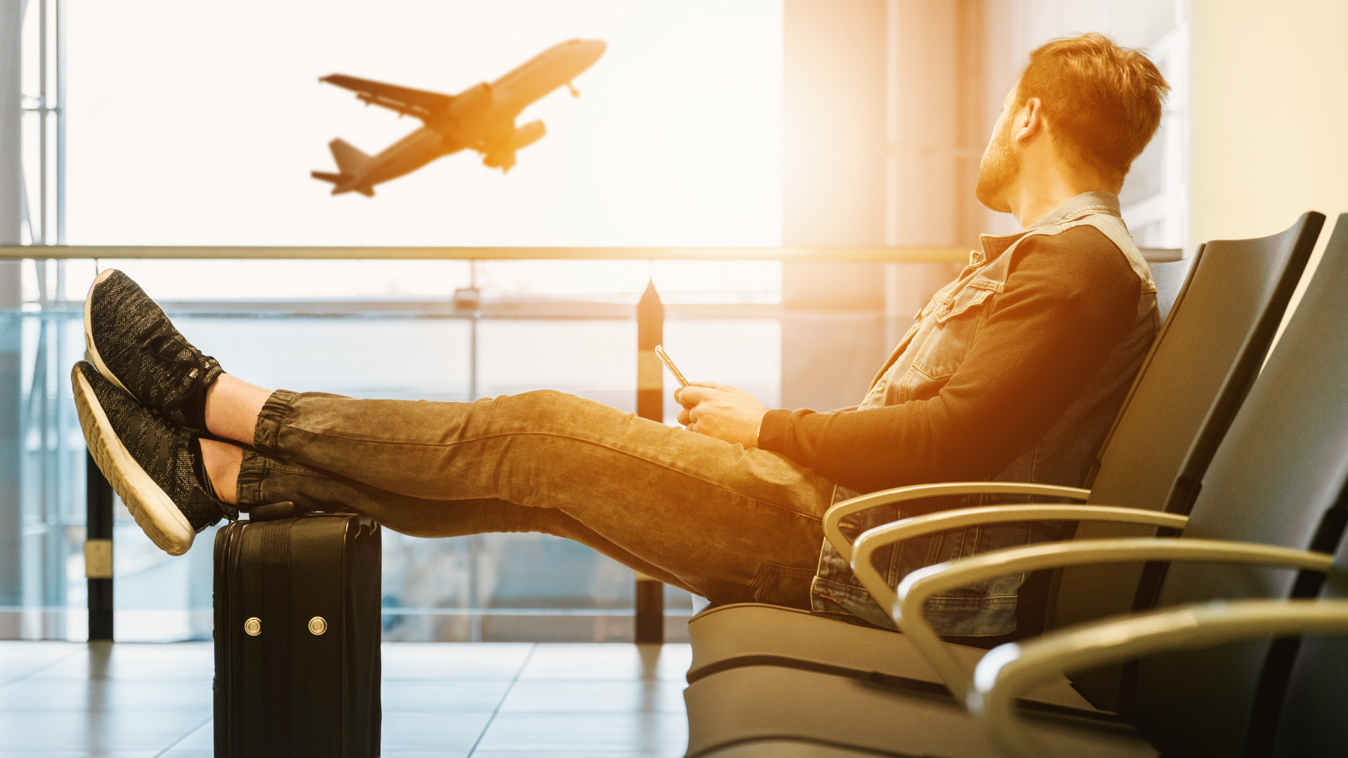 How you can avoid being a victim of fraud when travelling